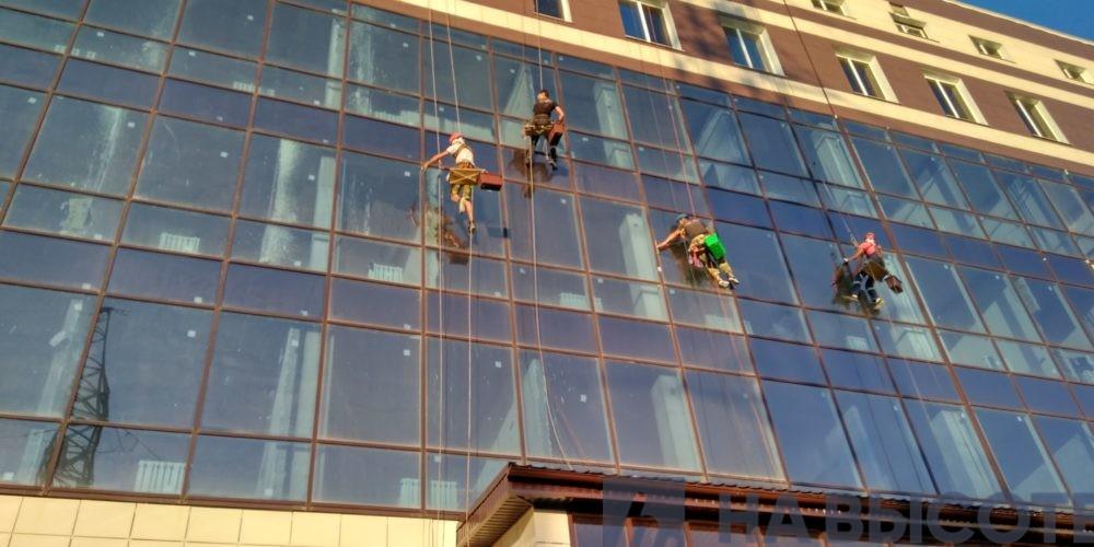 Мытьё стекла с высоты