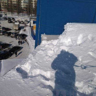 чистка снега с крыши Белгород