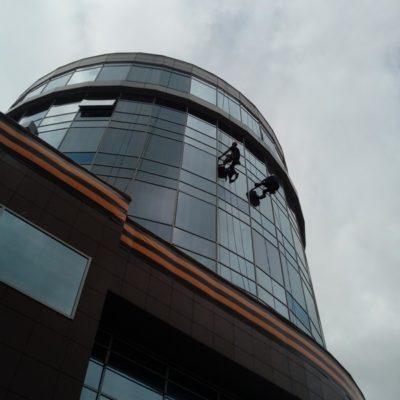Помывка фасада и окон на высоте Белгород