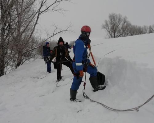 Уборка снега альпинисты